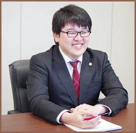 佐藤弁護士の写真(2)